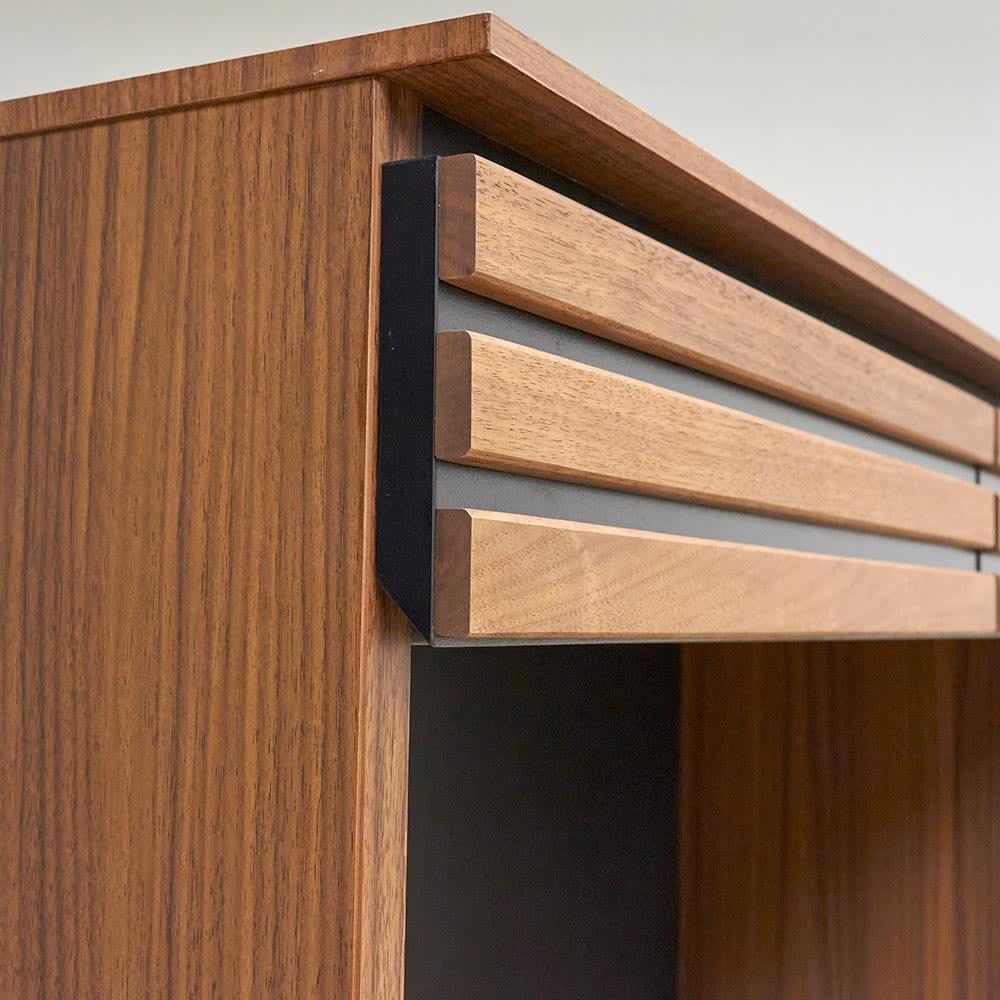 AlusStyle/アルススタイル 薄型ホームオフィス デスク 幅100.5cm 薄い天板を使用することでスマートなシルエットに。