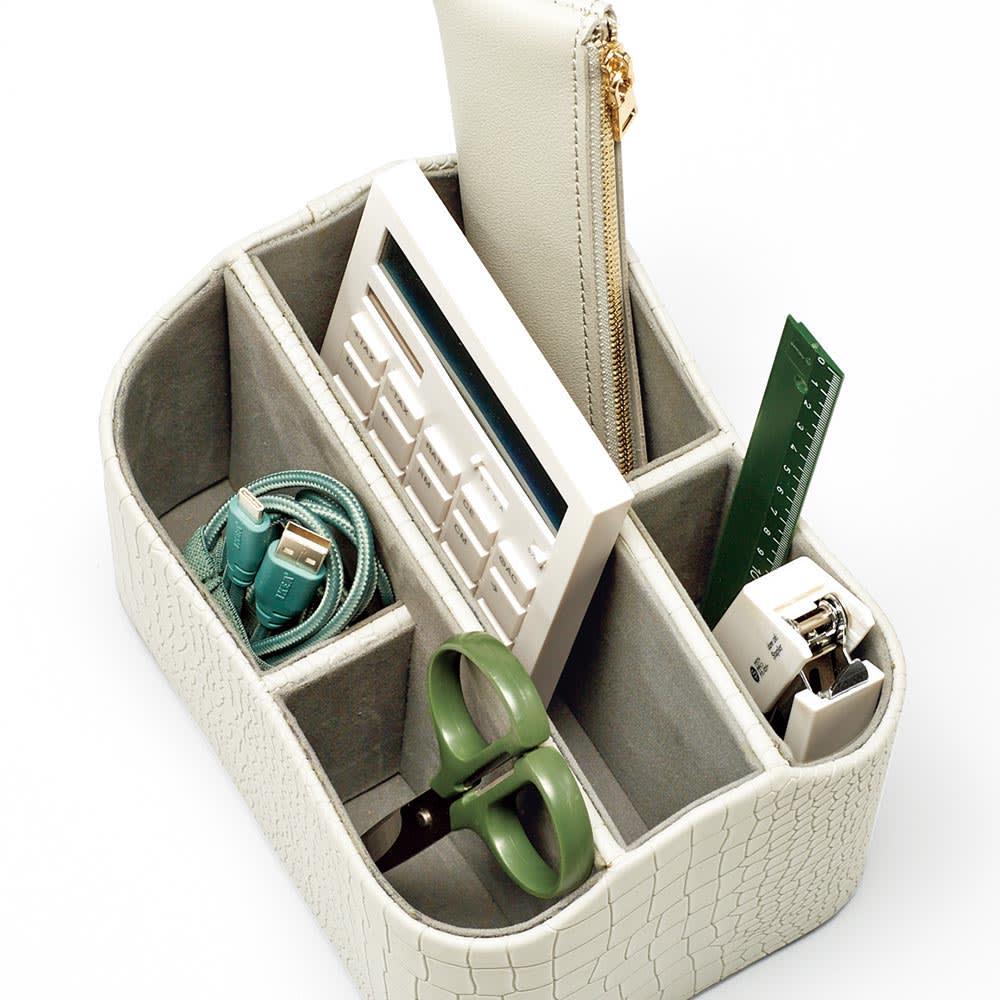 クロコ調リビング収納シリーズ リモコン収納・リビング雑貨スタンド 細かく仕切られたスペースに、リモコン・郵便物・文房具・爪切りなどをすっきり収納!
