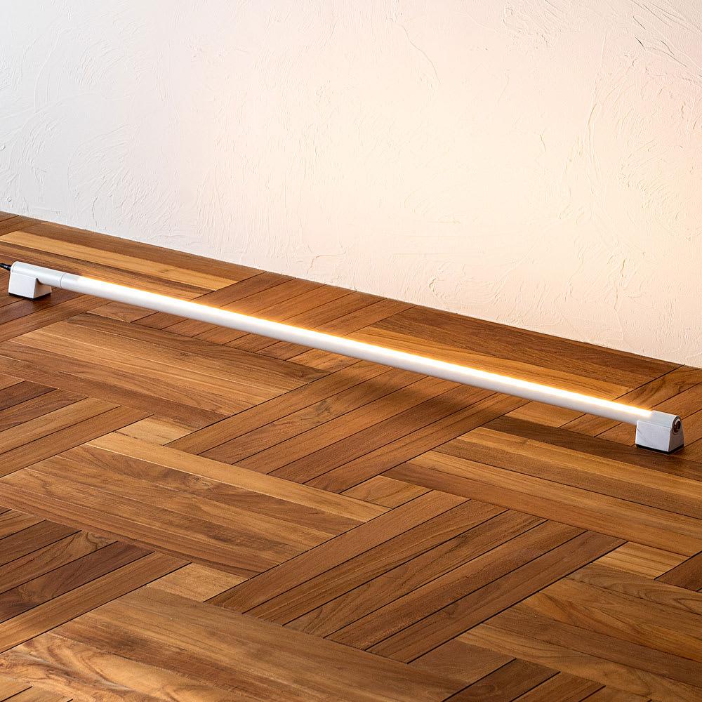 間接照明やホームシアターのライティングに!ネオマンクス LED バーライト ホワイト 点灯時