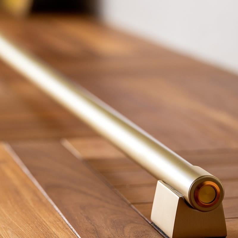 ネオマンクス LEDバーライト ブラス 置き場所を選ばないスタイリッシュな極細ライン。