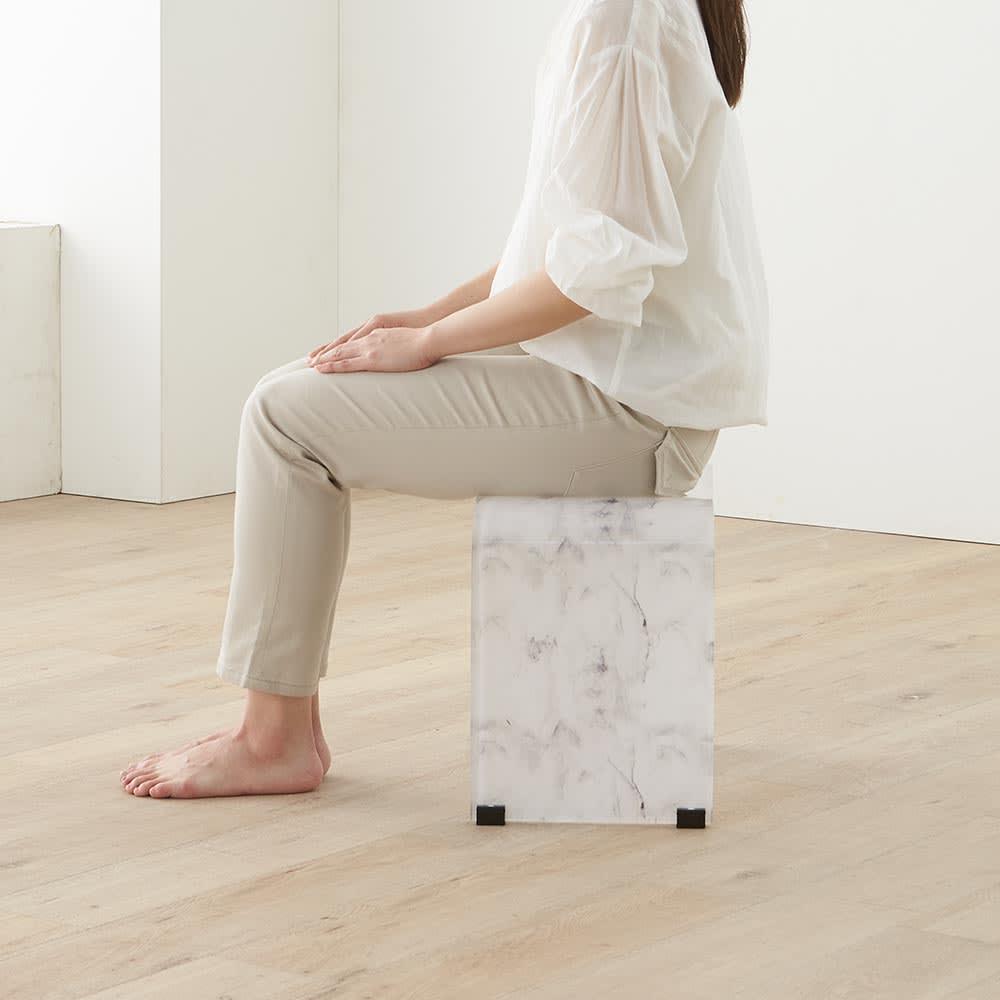 マーブル調バスチェア LLサイズ…立ち座りしやすいと人気の高めサイズ