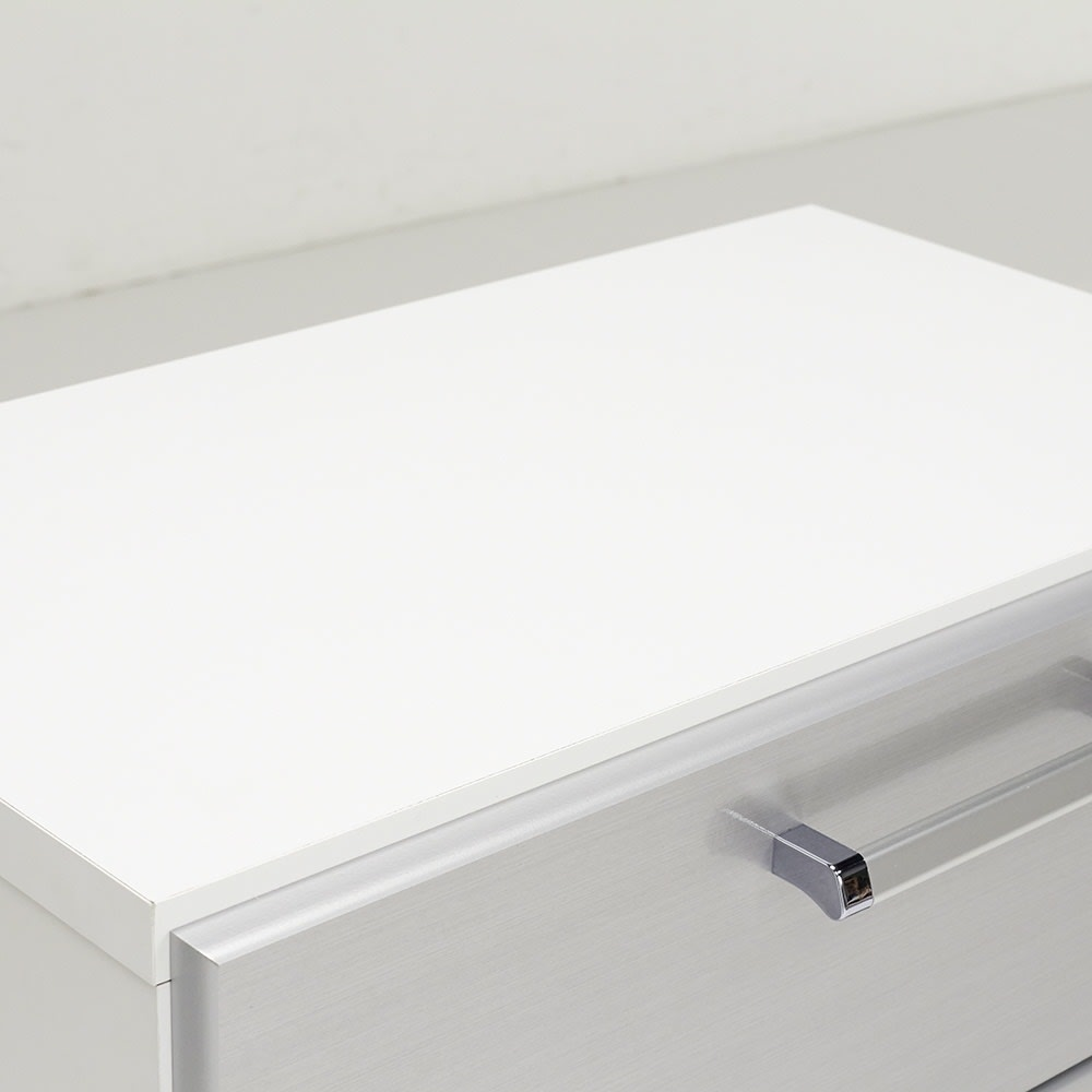Fredo(フレド) ランドリーチェスト 幅60cm・3段(高さ79.5cm) 天板も化粧仕上げです。天板耐荷重は約10kgまでOKです。