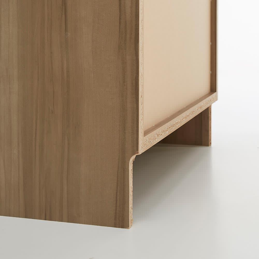HS Clair/エイチエスクレール サニタリーストッカー 幅60cm 奥行45cm 巾木よけカット(高さ9奥行1.2cm)があるので、壁にぴったりつけて設置できます。