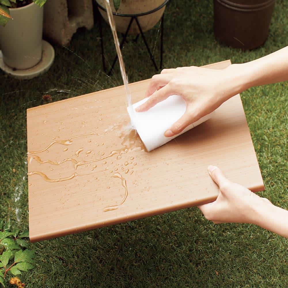 Donner/ドンナー スリムシューズボックス・靴箱 幅40cm奥行37cm高さ80cm 棚板は樹脂製で、泥で汚れても丸ごと水洗いOK。清潔を保ちます。