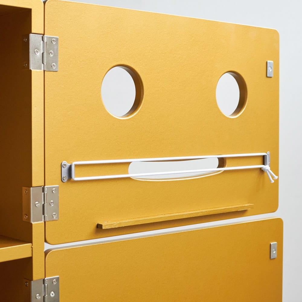 ROBIT/ロビット 収納ロボ 当店限定カラー[ete・えて] 付属のゴムで、お手持ちのティッシュを内蔵できます。
