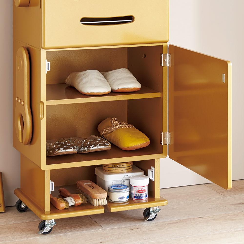 ROBIT/ロビット 収納ロボ 当店限定カラー[ete・えて] スリッパ置きとして、玄関にスタンバイ。