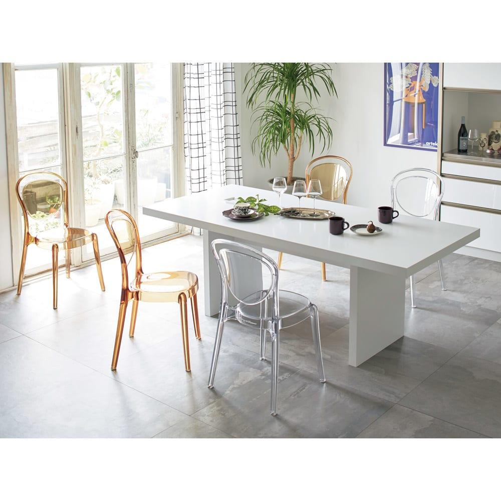 Multi マルチダイニングテーブル パネルレッグタイプ 幅200cm コーディネート例:ホワイト