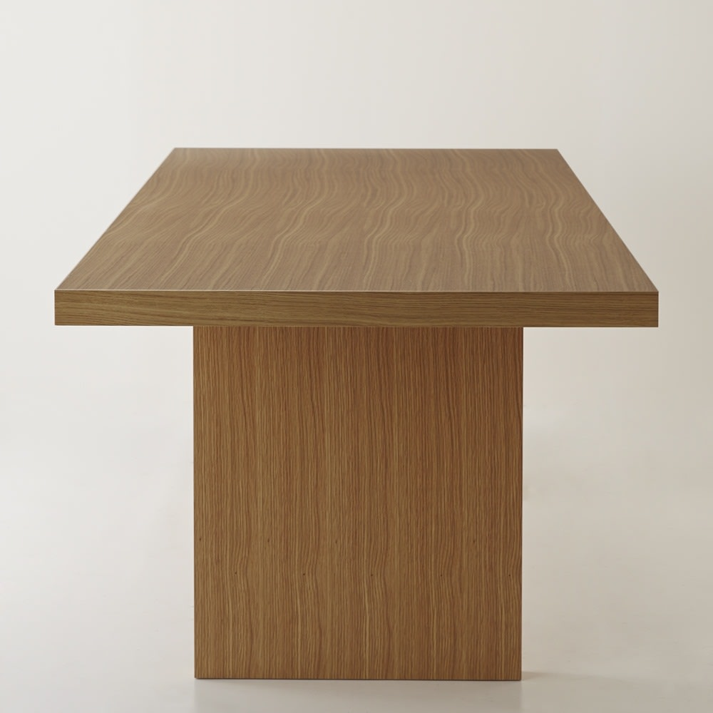 Multi マルチダイニングテーブル パネルレッグタイプ 幅200cm パネル脚の側面も、同素材での化粧仕上げです。