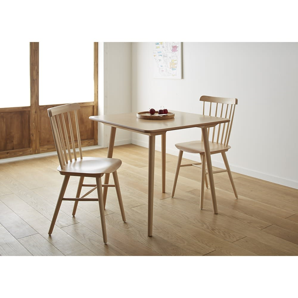 ウィンザーダイニングテーブル 正方形ダイニングテーブル幅80cm×80cm[チェコ・TON社] [コーディネート例]