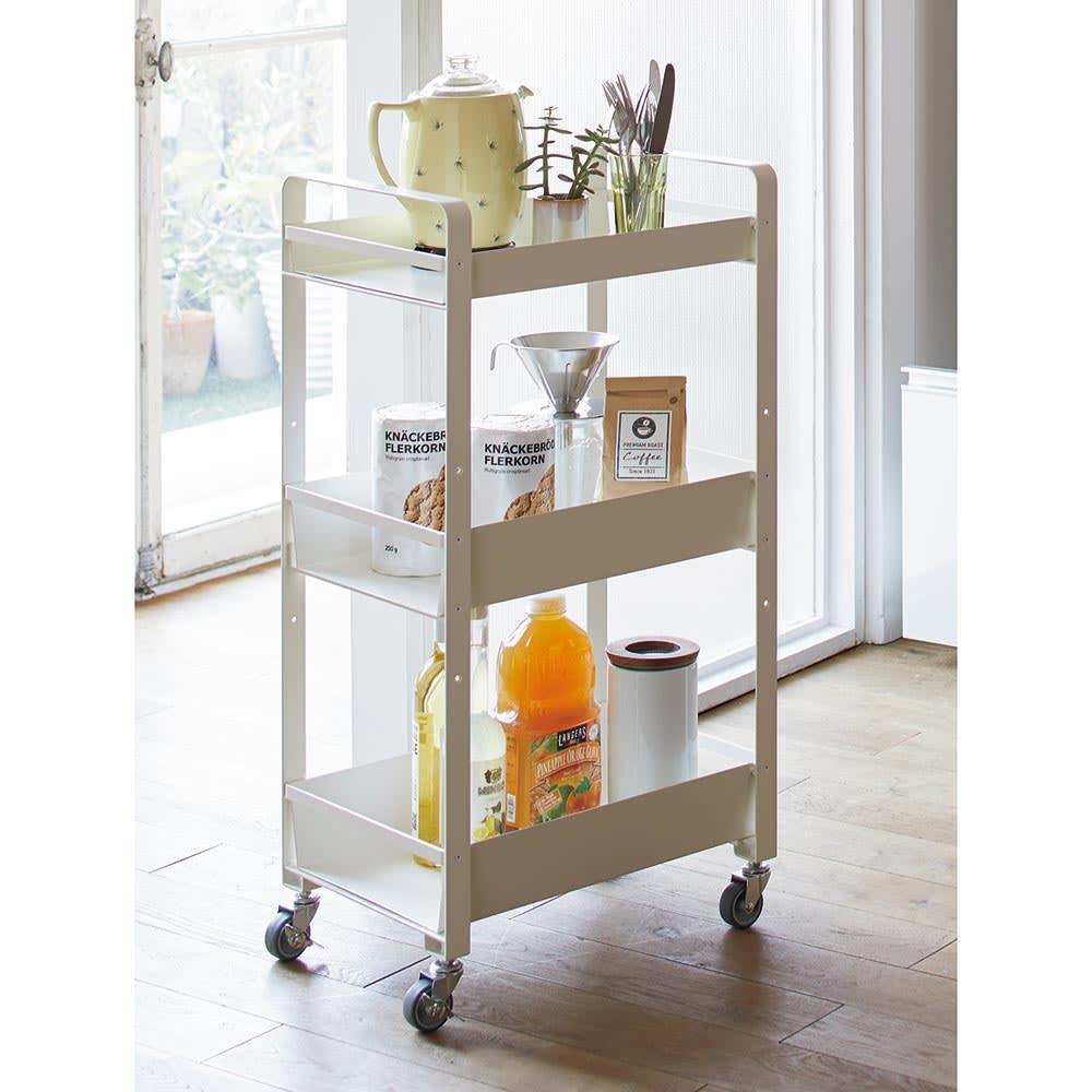 アイアンストレージワゴン 大サイズ 幅45奥行30.5cm高さ85cm[COLLEND・コレンド] キッチンで小回りの利くスマートなサイズ感が魅力です。