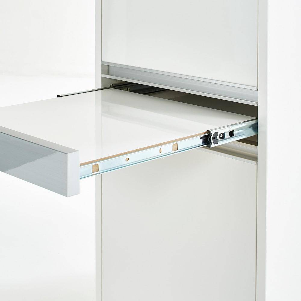 Ymir/ユミル 隠せる家電収納 幅45奥行55cm高さ178cm キッチンでの作業中に便利な引き出し式の作業台付き。
