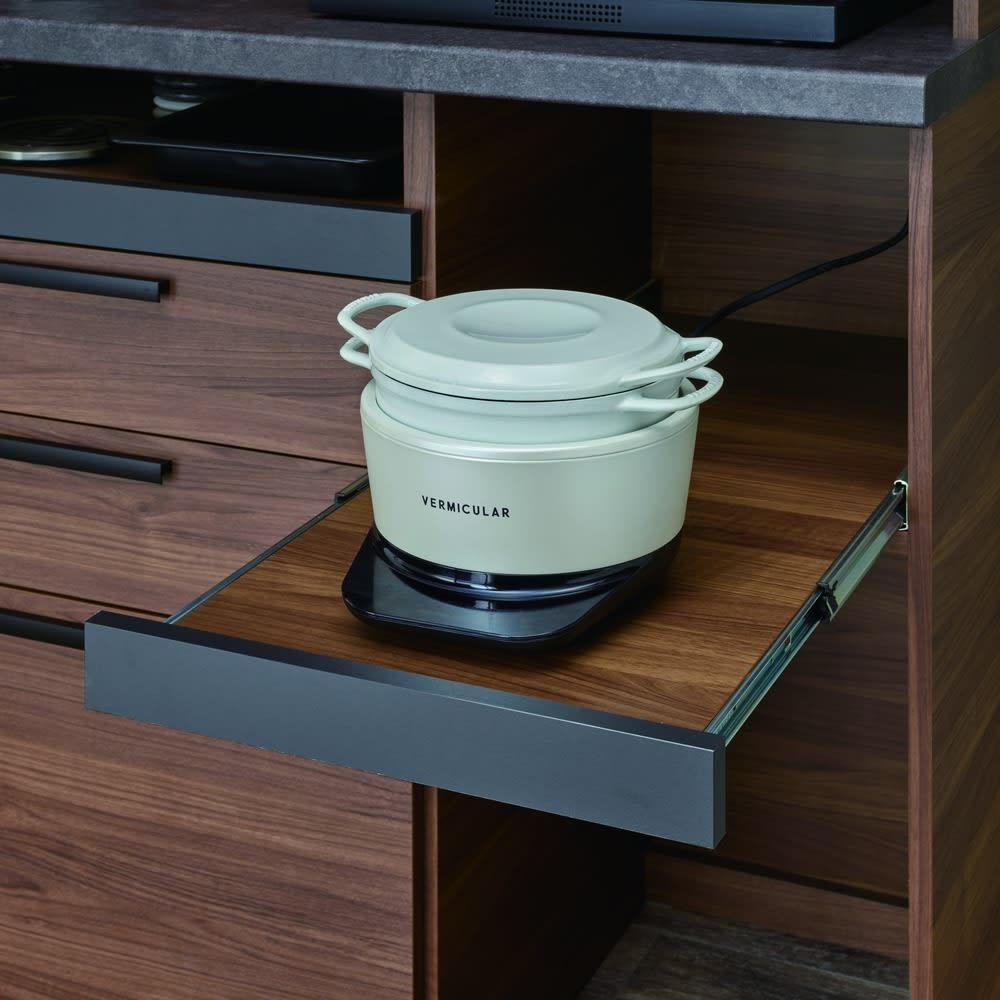 Boulder/ボルダー 石目調天板キッチンシリーズ カウンター 幅90cm 奥行50cm スライドテーブル家電収納部は、湯気の出る調理家電の収納に最適。