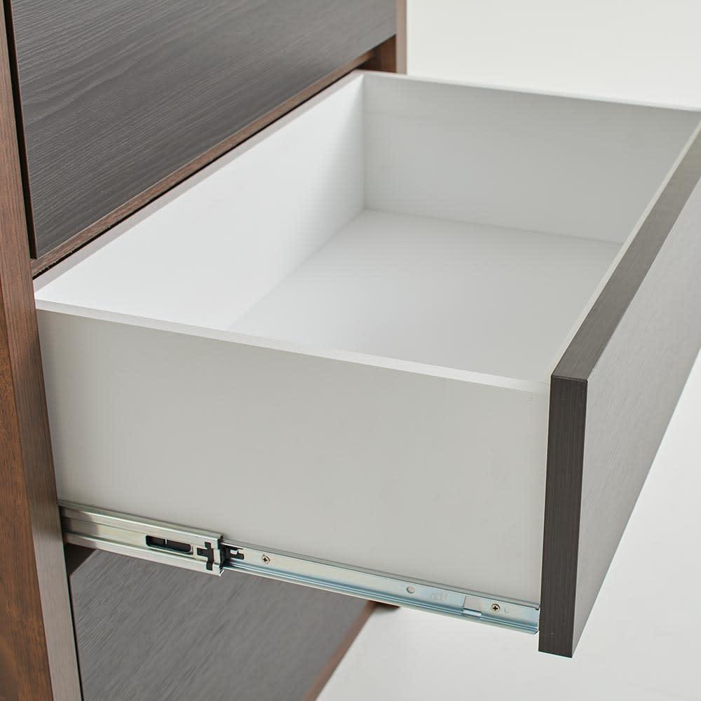 Milovy/ミロヴィ キッチンボード カップボード 幅66cm 引き出しは、必要なものをサッと取り出せるスライドレール式。