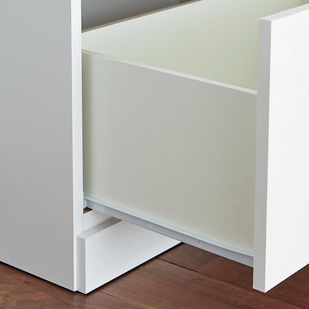 Orga/オルガ 引き戸キッチン収納 カウンター 幅140cm 引き出しは開閉がスムーズなスライドレール付き。