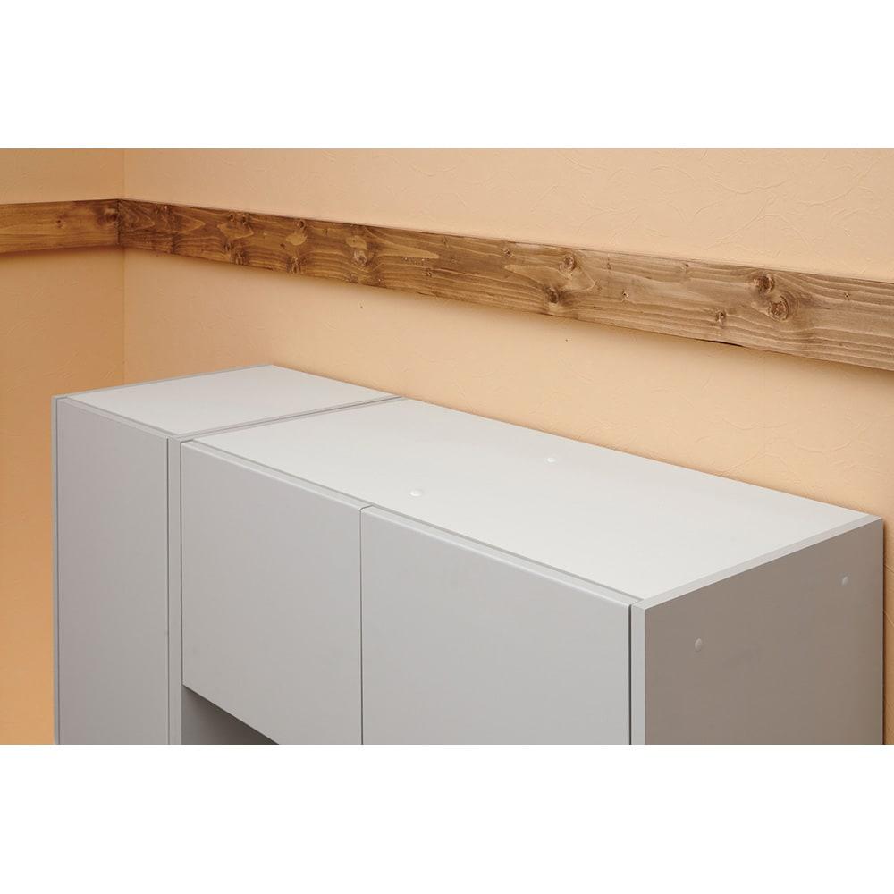 Enkel/エンケル キッチンシリーズ 幅105cm キッチンボード 天面にも化粧がされているので、お手入れが簡単にできます。マットベージュ:ホワイト マットグレー:ブ ラック