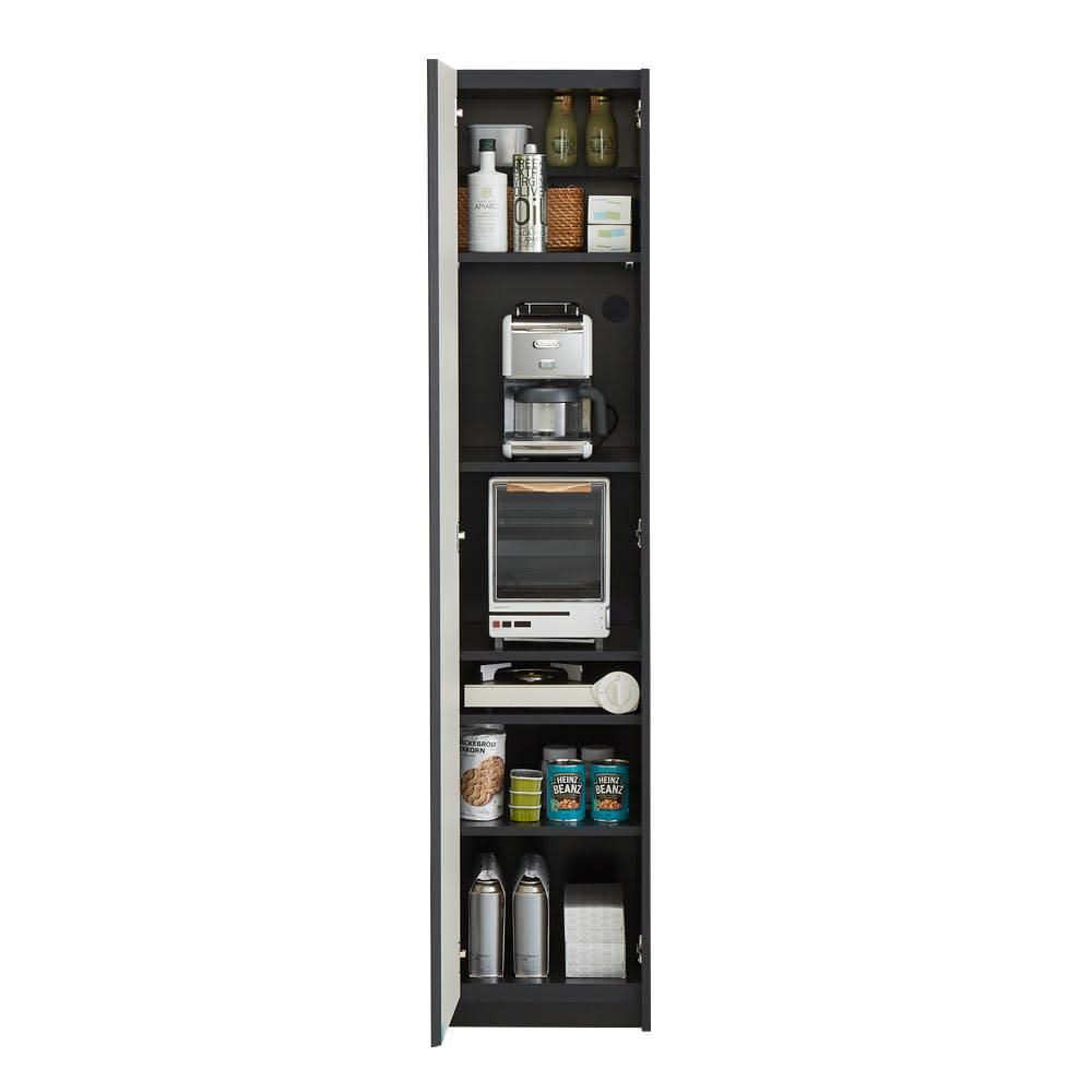 Enkel/エンケル キッチンシリーズ 幅40cm マルチストッカー 細かく区切って家電や食料品のストックを保管しておく場所として。コード穴が背面にあるのでそのまま使うことができます。