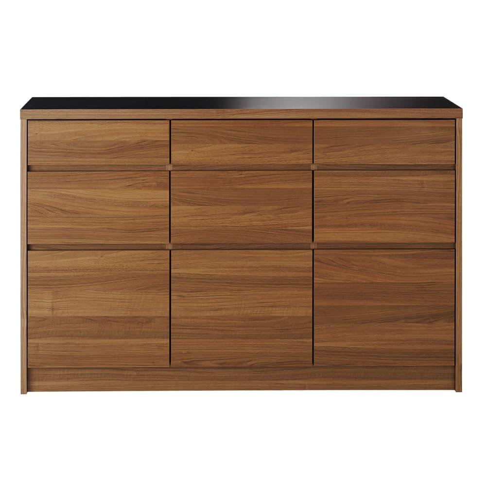 Granite/グラニト アイランド間仕切りキッチンカウンター幅140cm 引き出しタイプ 引き出したっぷりで収納力に重点を置いたキッチン収納。前板のウォルナット風の木目がモダンな大人のキッチンを演出します。