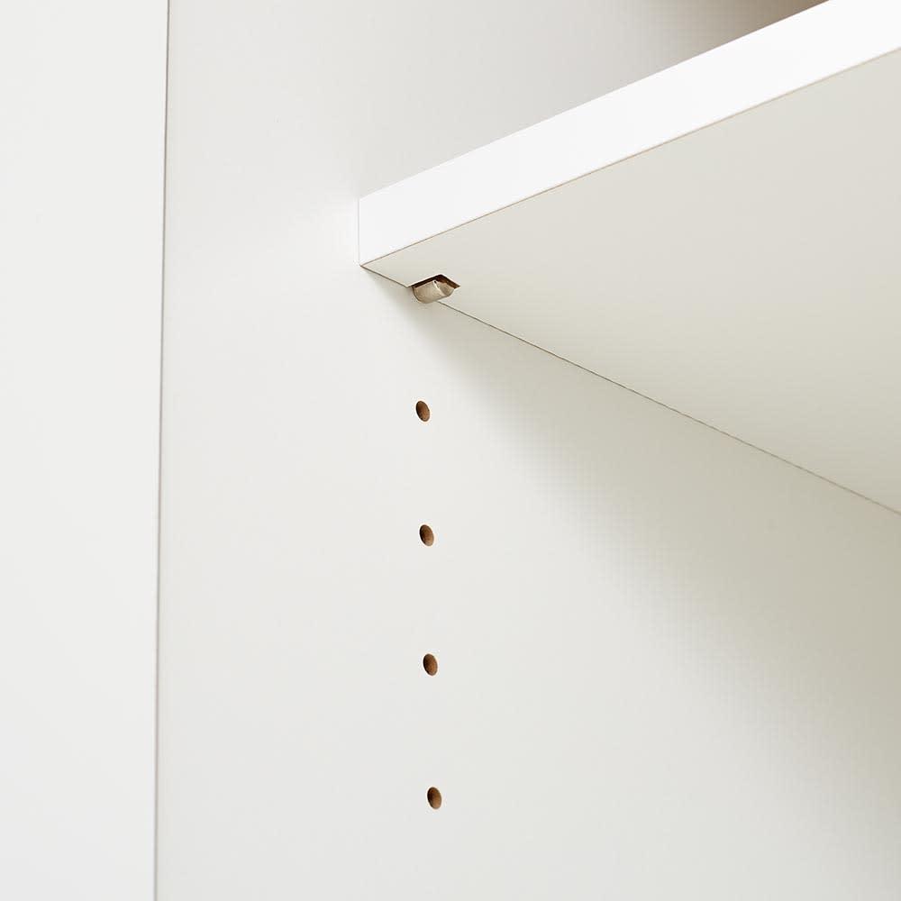 Liam/リアム キッチンカウンター チェスト 幅161cm 高さ85cm 3cmピッチの可動棚。3cmピッチでダボ穴があり収納するものの大きさに合わせて高さを変えられます。