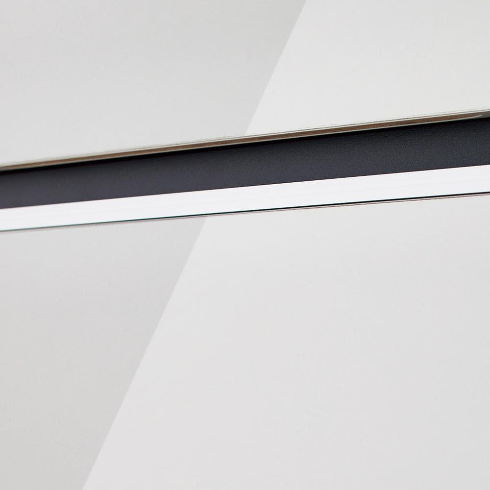 Peili/ペイリ カウンター下収納庫 収納庫幅89.5cm 奥行20cm (イ)ホワイト つややかで美しく機能的な廃グロス仕上げ。天板と前板は光沢を放つハイグロスシート張り。耐久性があり汚れも簡単に拭き取れます。