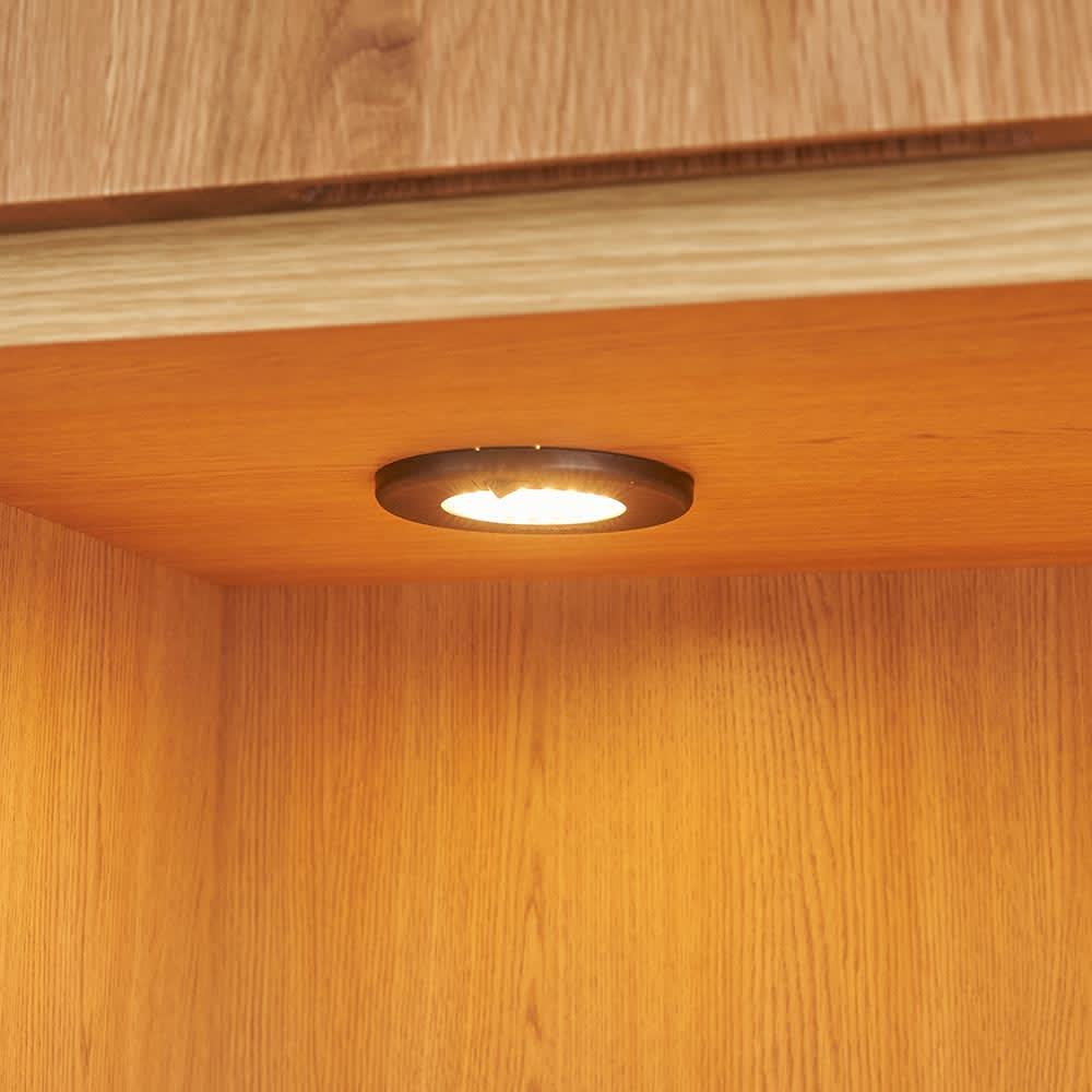 LEDライト付きサイドボードシリーズ LEDキャビネット 幅80cm 収蔵品を照らすLEDダウンライト。