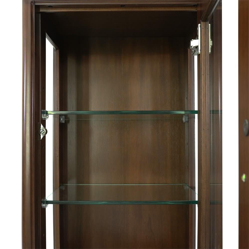 Modernew/モダニウ リビング収納シリーズ キュリオ ガラス製の可動棚が2枚付属。