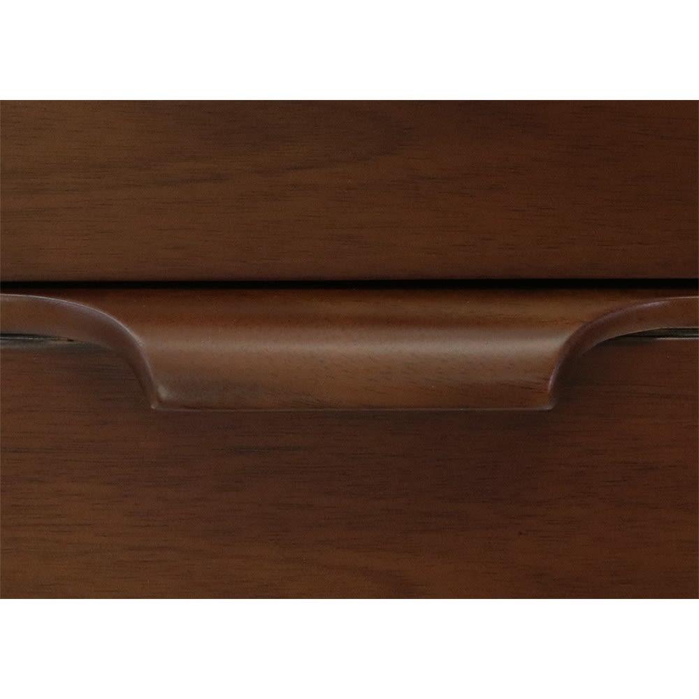 Modernew/モダニウ リビング収納シリーズ キャビネット 幅90 上質なマホガニー無垢材から丁寧に削りだした手触りの良い把手。