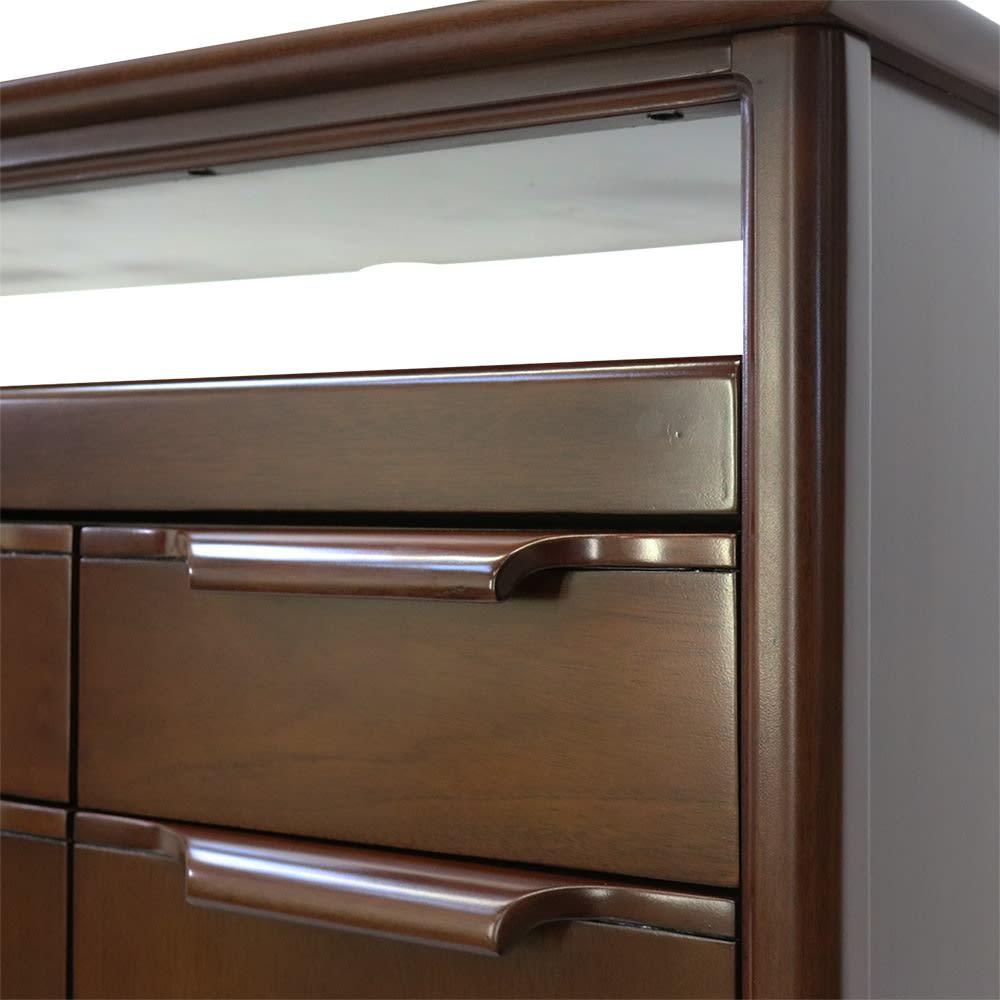 Modernew/モダニウ リビング収納シリーズ キャビネット 幅90 丁寧に削りだした手触りの良い把手。