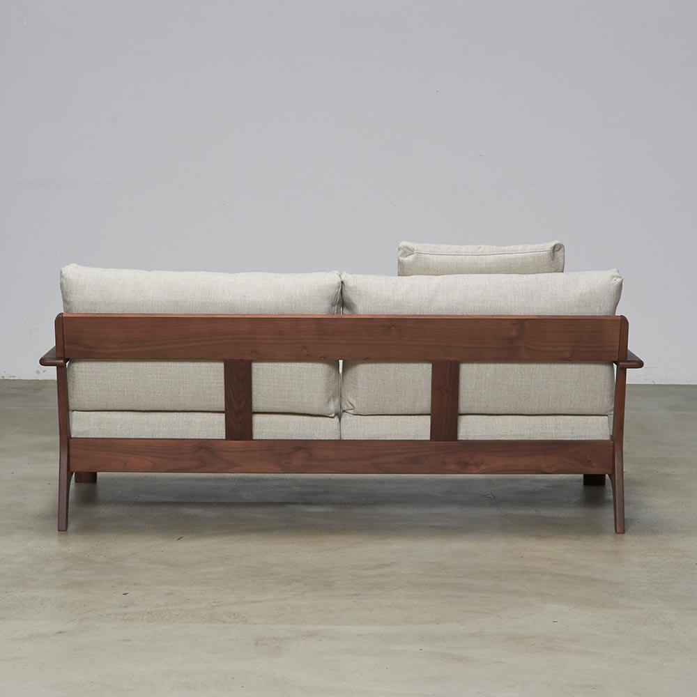 a tempo/アテンポ ウォルナット天然木 木製フレームソファ 3人掛け・幅198cm ※写真はソファ2.5人掛けです。
