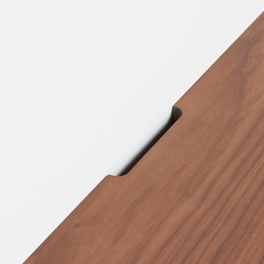 Jalka/ヤルカ ウォルナットシリーズ キャビネット 幅160cm 天板後方には配線用カットがありコード類を通せます
