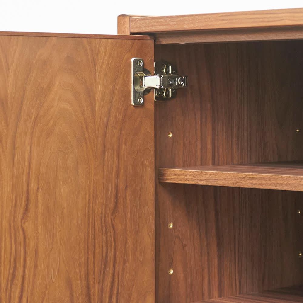 Jalka/ヤルカ ウォルナットシリーズ キャビネット 幅160cm 扉の蝶番金具アップ