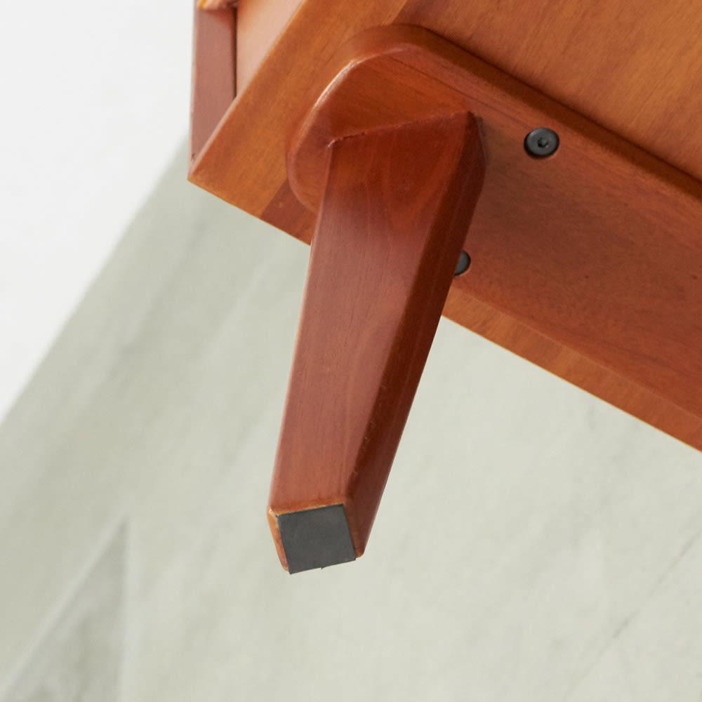 北欧ヴィンテージ風Vカットデザイン サイドテーブル・サイドチェスト・ナイトテーブル 幅40cm 天然木製の脚が付くことで、軽やかさが同居する絶妙なデザインに。