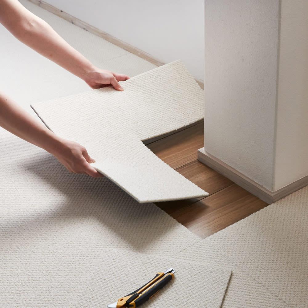 ニット柄タイルマット カッターで簡単に切ることができるので、柱のでっぱりやコーナーなどにもきれいにフィットします(画像の商品は別シリーズになります)