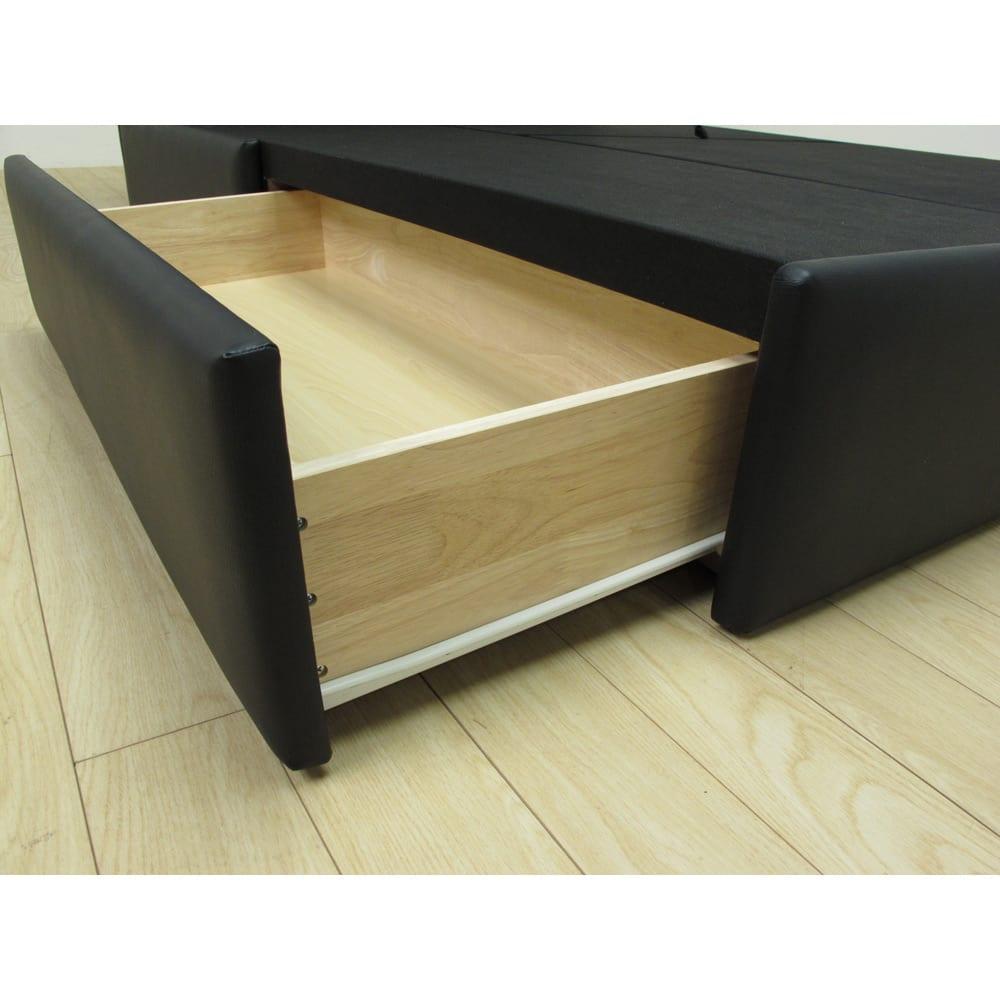LeClass/ルクラス レザー引き出し付きベッド フレームのみ 引き出しはスライドレール付き。