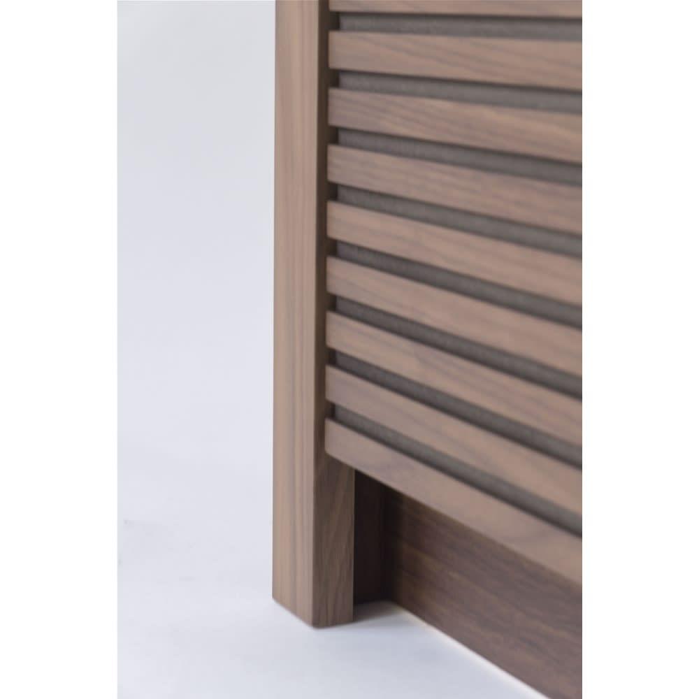 Maisema/マイセマ ウォルナット格子チェスト 幅80cm・3段(高さ72.4cm) 下部分は若干空きスペースを設けることで、格子柄が引き立つ仕上がりに。