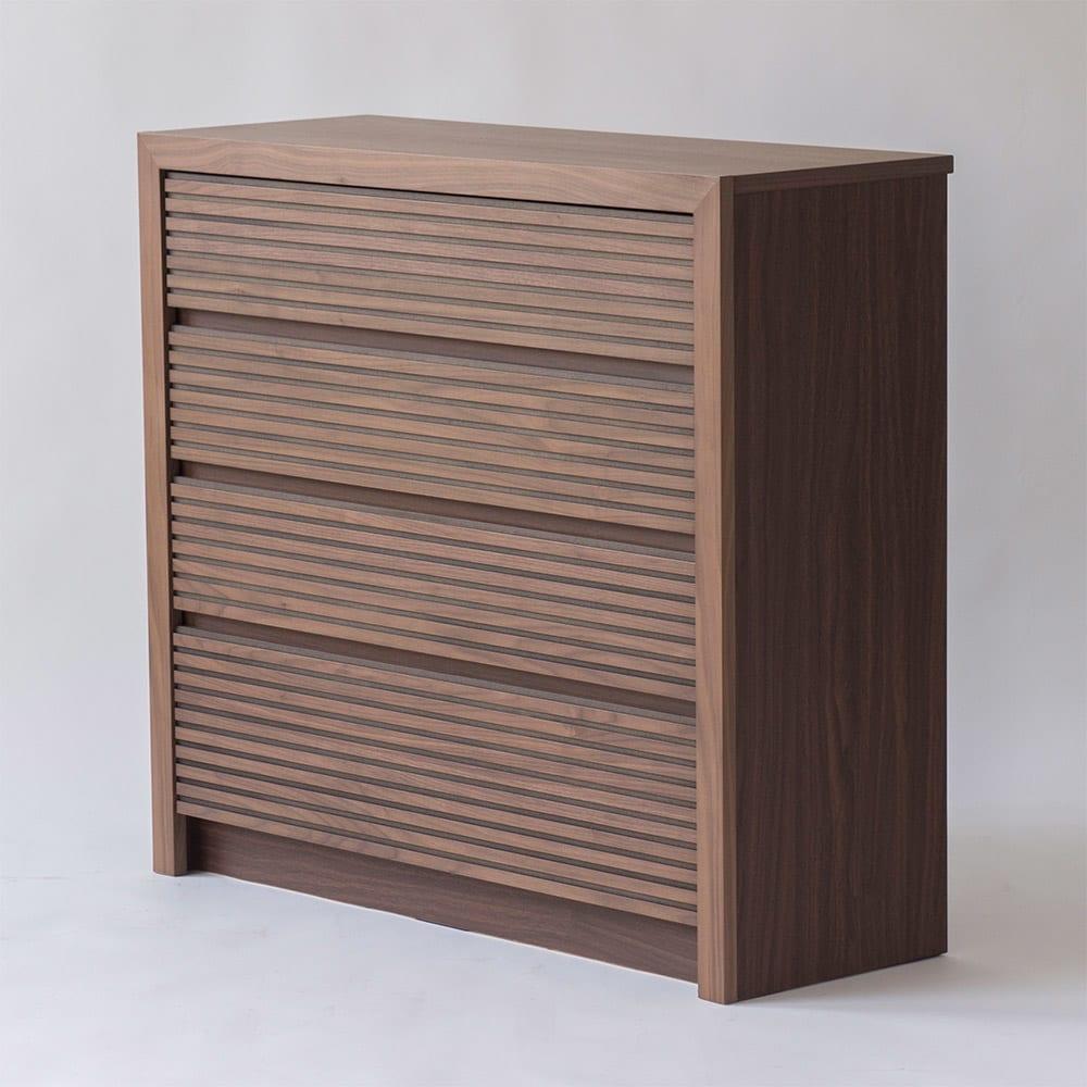 Maisema/マイセマ ウォルナット格子チェスト 幅100cm・4段(高さ90.4cm) 木目と格子柄の組み合わせで、リビングなどお家の顔になるお部屋に置いても美しく。