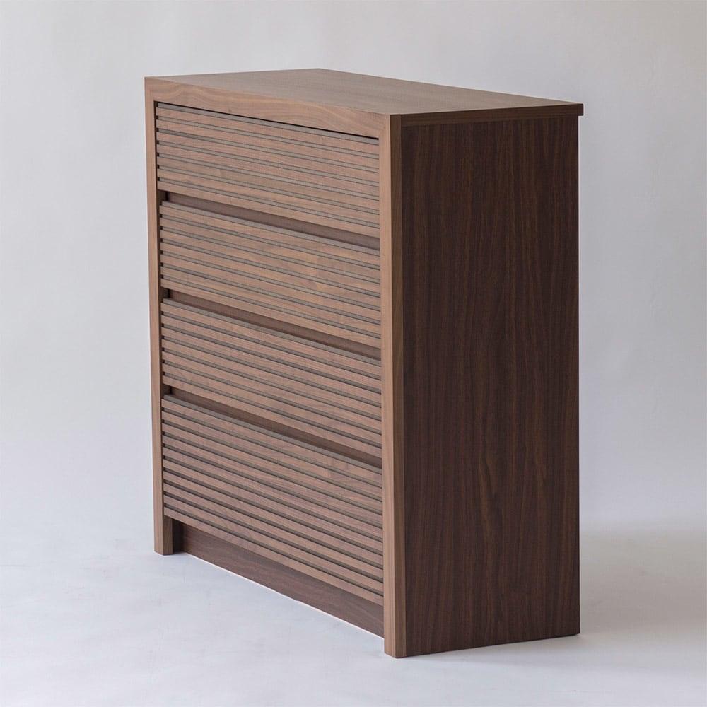 Maisema/マイセマ ウォルナット格子チェスト 幅100cm・4段(高さ90.4cm) サイドにはウォルナットの柄をリアルに再現した化粧合板を使用しています。