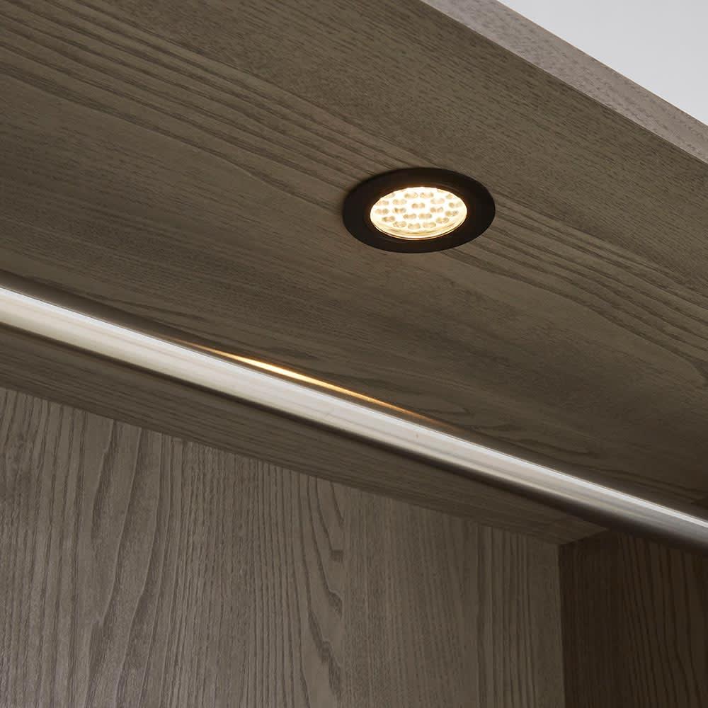Vises/ヴィセス オープンワードローブ 幅60cm ハンガー&引き出し LED照明点灯時