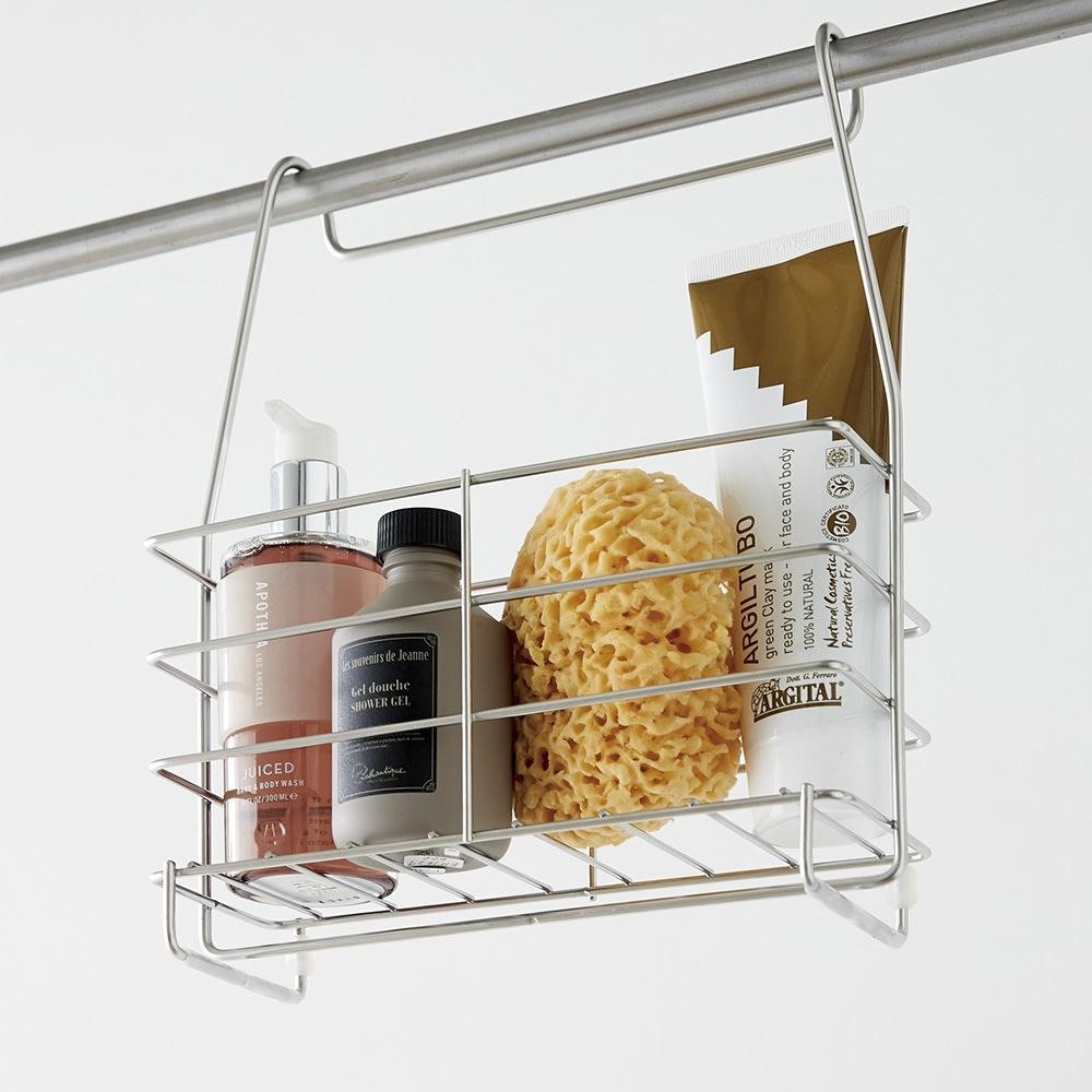 ステンレス製 シャンプーバスケット 単品 浴室の洗濯干しバーにも掛けられます。