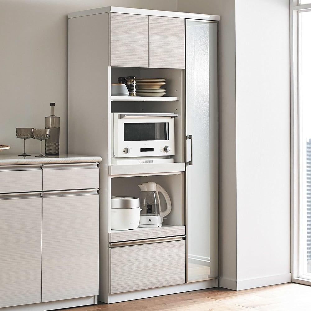 Upea/ウペア 高機能レンジボード家電ラック 幅90cm奥行47.5cm高さ180cm コンパクトながら、システムキッチンのような高い機能性を詰め込みました。小さくても妥協しないこだわりのキッチンに。