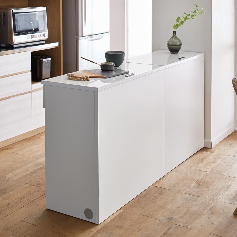 Ruffalo/ラファロ 間仕切りキッチンカウンター 幅90cm高さ85cm 盛り付けなどの調理スペースに使えて、キッチンとダイニングの間仕切りにも。