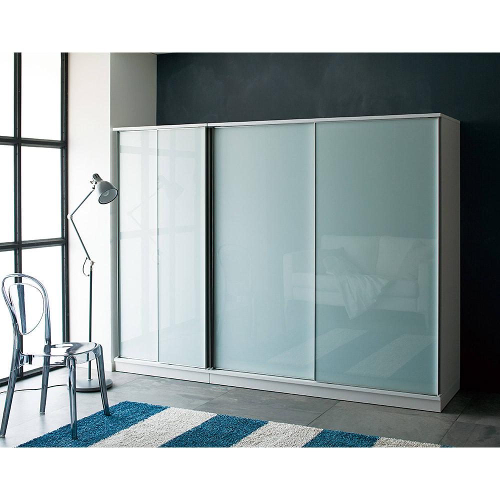 Milath/ミラス スライドワードローブ ガラス扉タイプ 幅160.5cm スマートなアルミフレームで、ヨーロッパの海外インテリアのようなワードローブが叶います。