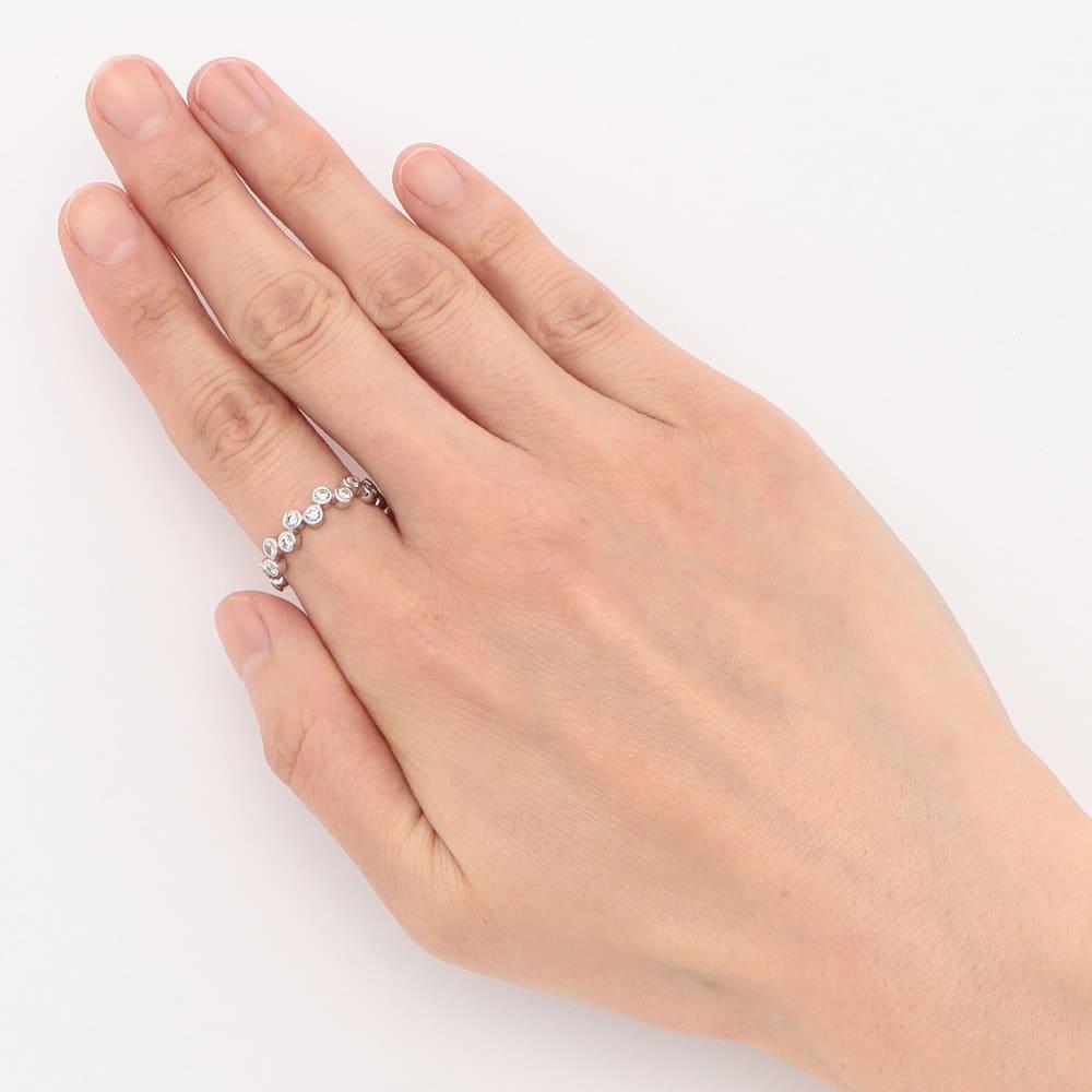 K18 0.5ct ダイヤ バブル エタニティリング (ア)WG 着用例