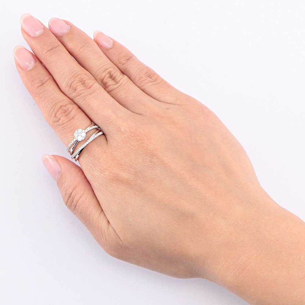 K18コンビ 0.5ct ダイヤ セットリング (イ)WG 着用例