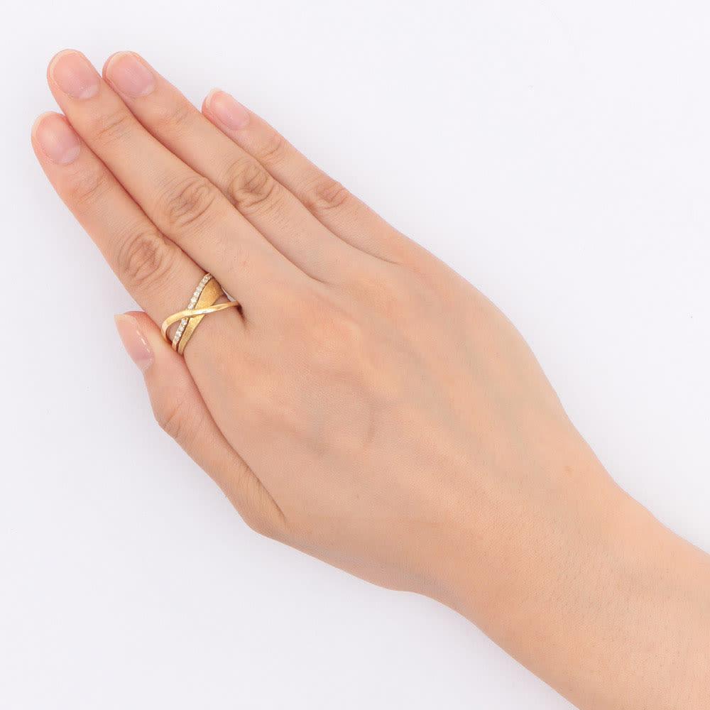 K18 0.15ctダイヤ デザイン リング 着用例