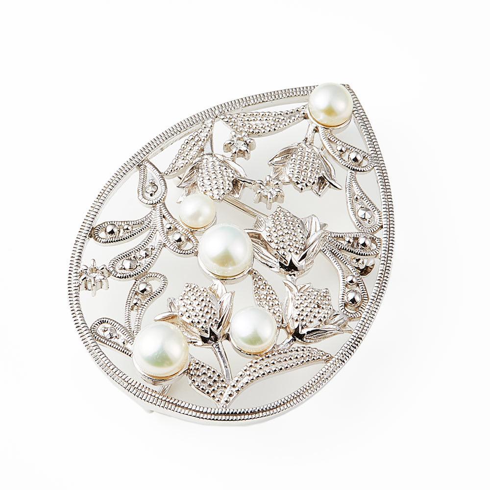 William Morris/ウィリアム・モリス ガーデンチューリップ ブローチ レディース 真珠・パール
