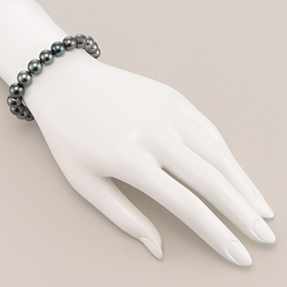 エリタージュ 黒蝶パール コンバーチブル ネックレス 着用例(ブレスレット約19cmのみ)