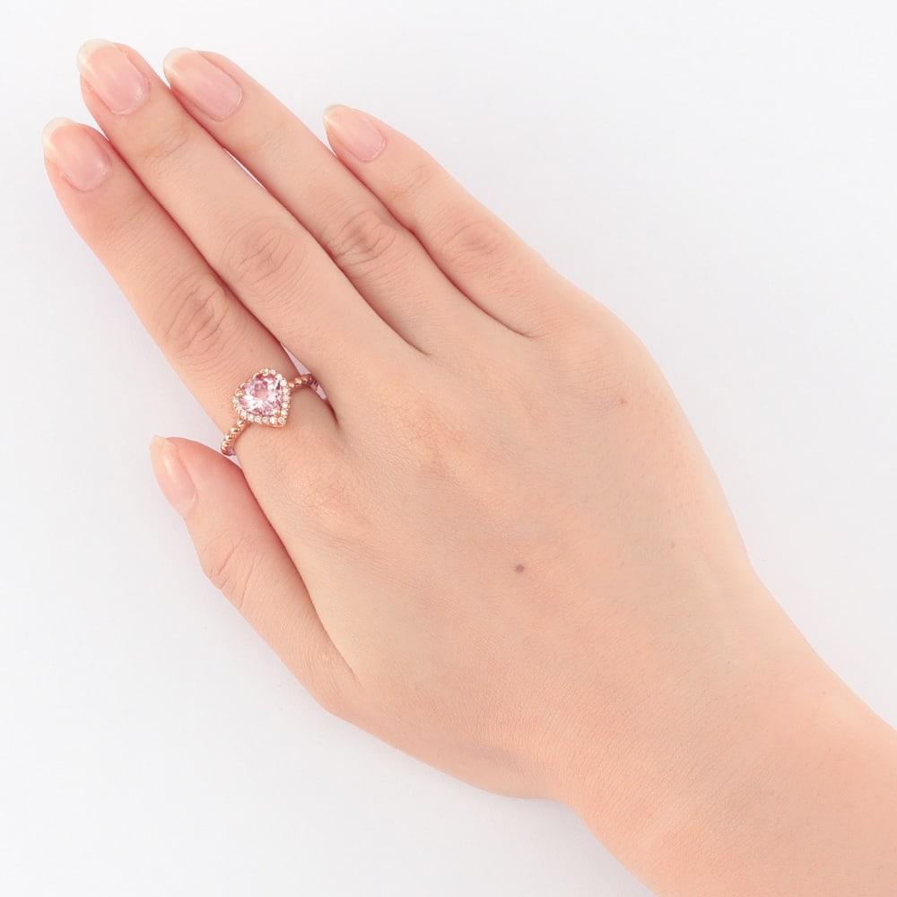 K18PG 1ct モルガナイト ダイヤ リング 着用例