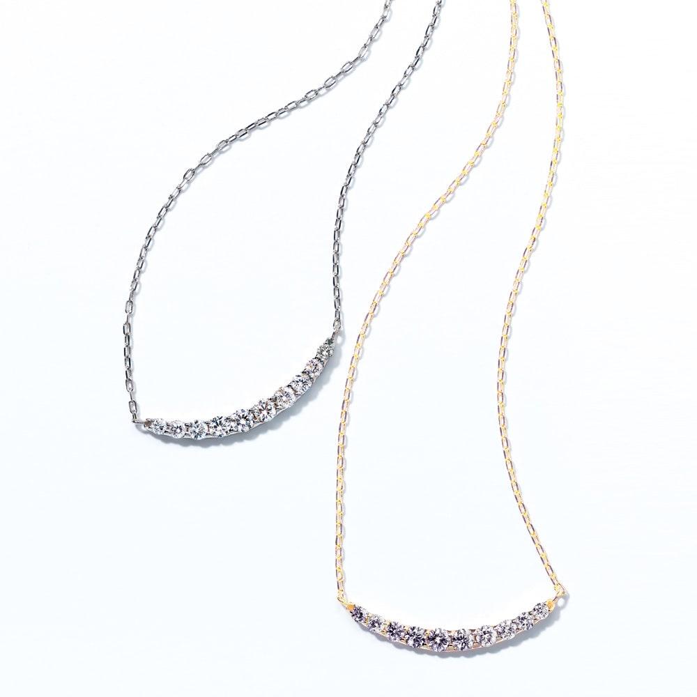 K18 0.5ct ダイヤデザインペンダント 左から(イ)WG (ア)YG