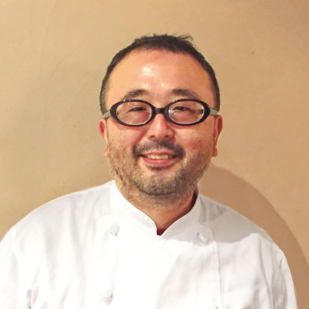 「マルディ  グラ」  牛ホホ肉の赤ワイン煮 (200g×2パック) 【通常お届け】 「マルディ グラ」の和知徹シェフ。フランスの一つ星「ランパール」で修業。2001年に「マルディ  グラ」をオープン。