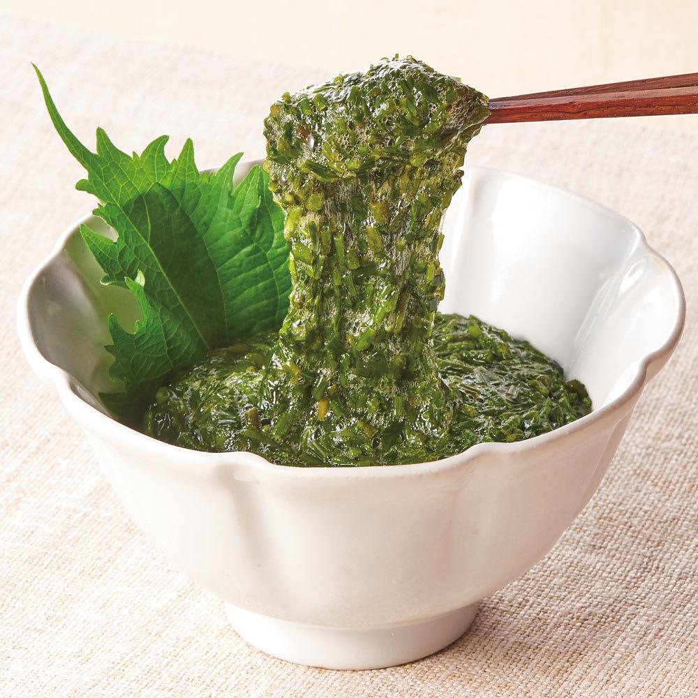 三重県伊勢湾産 アカモク (16パック) 【盛り付け例】シャキシャキ食感と粘り気をお楽しみください。